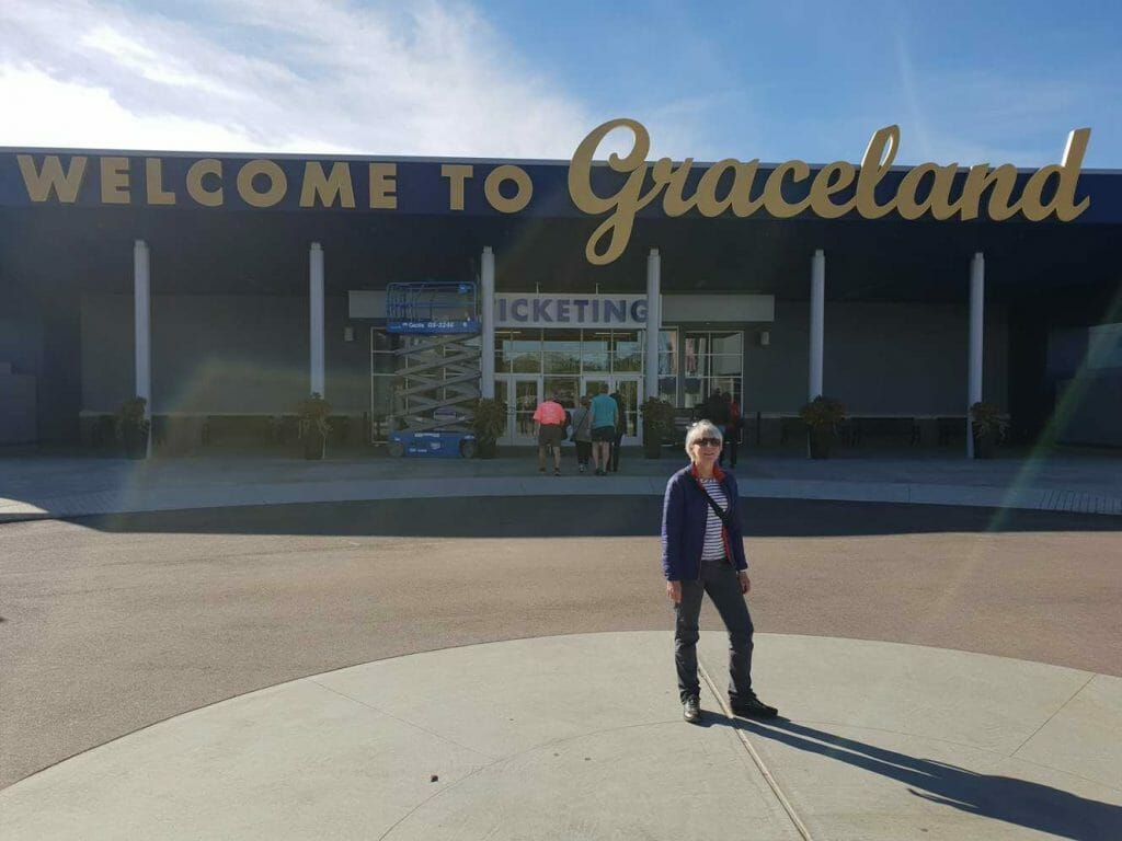 Start of the tour at Graceland