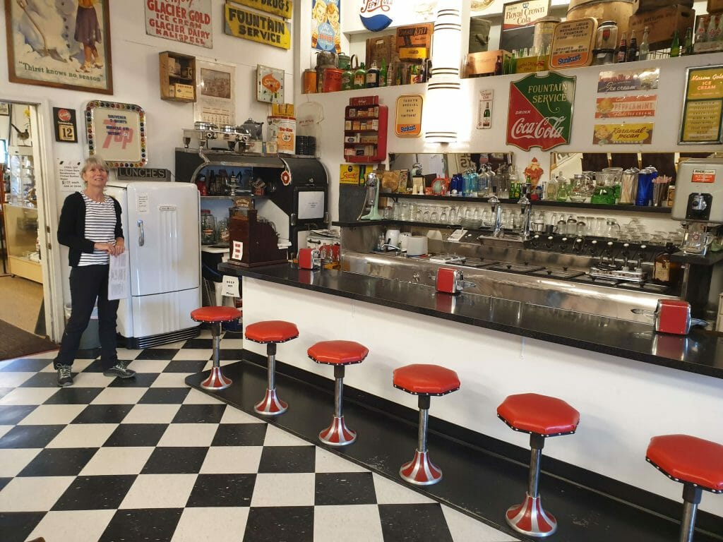 A 1950s style diner