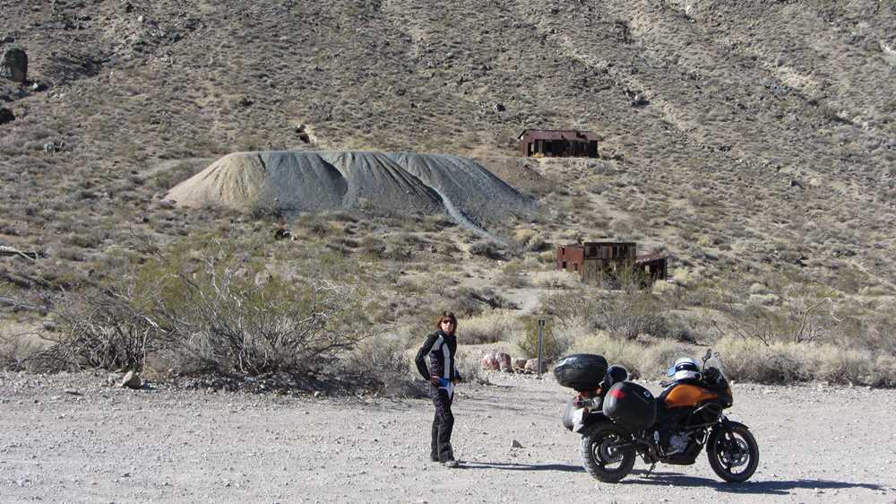 Lead field ghost town in Death Valley