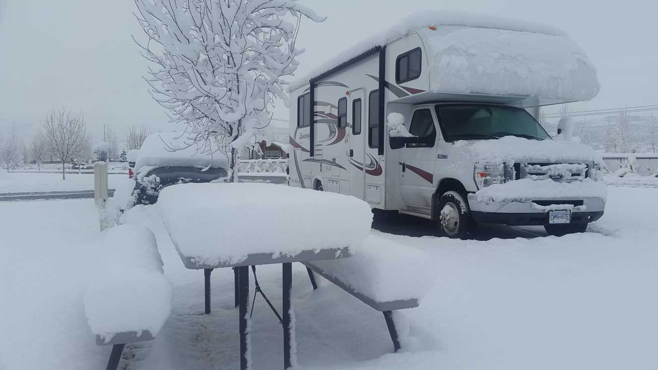 RV Ski Tripping! Join us on a grand motorhome ski trip.